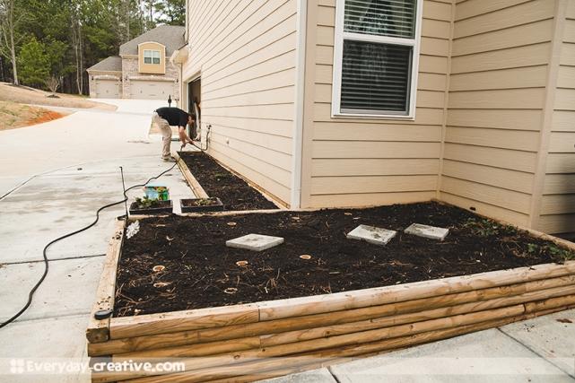 EC-Shannon-DIY-GardenPlanter-07